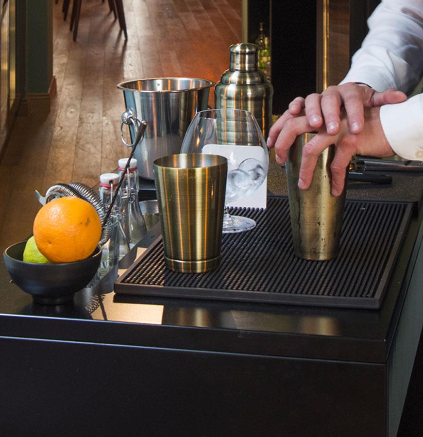 Charade Bar